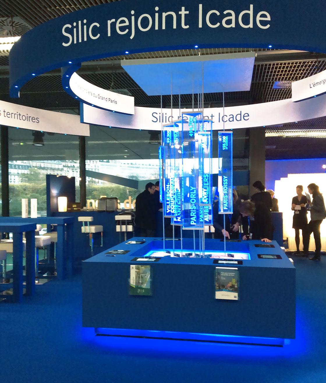 STAND ICADE AU SIMI L'élément central du stand : une représentation spectaculaire des programmes en cours sur le périmètre du Grand Paris